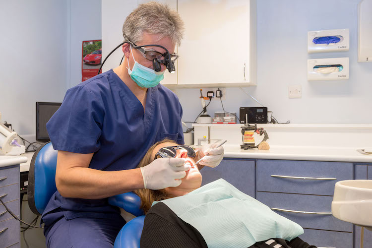 NHS dentist - Select Dentist, Exmouth Devon